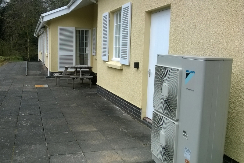 The Pembrokeshire holiday cottage, owned by the National Trust, benefits from a Daikin Altherma High Temperature heat pump.