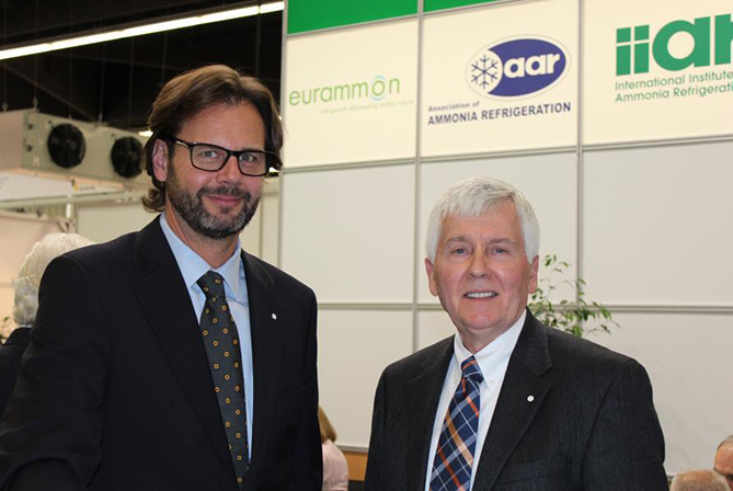 Bernd Kaltenbrunner, chairman of the eurammon executive board (left), with Dave Rule, president of the IIAR.